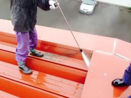 大屋根 高圧洗浄 作業中